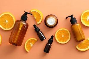 Haarwuchsmittel für Frauen stehen Dir z. B. als Shampoo, Serum oder Lösung zur Verfügung.